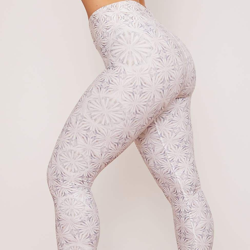 Wolven Harmony Ruched Crossover Legging Review