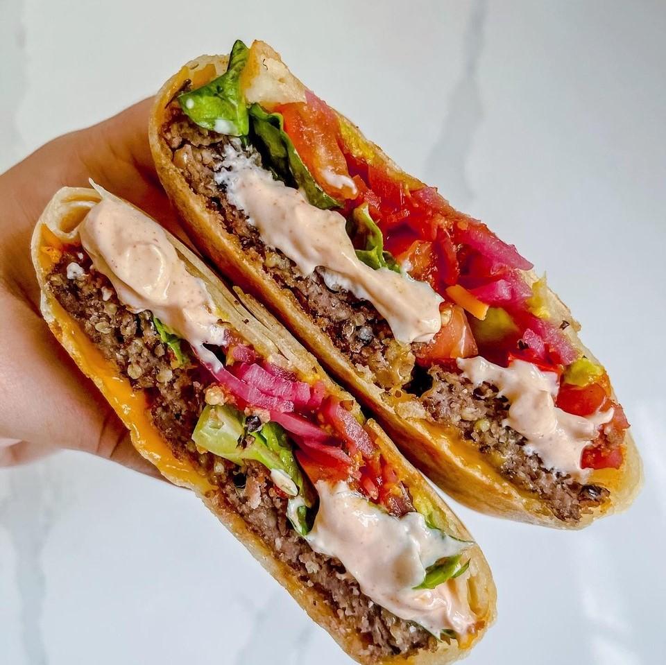 Siete Tortillas Review